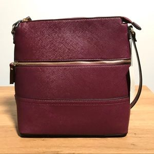 NWT Zip Crossbody Handbag Purse Wine